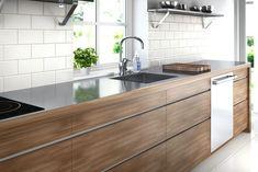 Bilderesultat for benkeplate stål Polished Concrete Tiles, Kitchen Showroom, Kitchen Photos, Kitchen Ideas, Stainless Steel Kitchen, Work Surface, Cuisines Design, Open Plan Living, Modern Materials