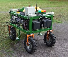 Weedy Robotics Projects, Arduino Projects, Electronics Projects, Homemade Robot, Farming Technology, Learn Robotics, Mobile Robot, Rc Robot, Electrical Projects