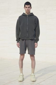 YEEZY season 6 Yeezy Collection, Yeezy Season 6, Yeezy Outfit, Yeezy By Kanye West, Mens Fashion, Fashion Trends, Fashion Ideas, Fashion Inspiration, Cotton Fleece
