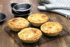 Celebrate Australia Day with These Popular Recipes Mexican Pie, Individual Pies, Australian Food, Australian Recipes, Shortcrust Pastry, Cordon Bleu, Popular Recipes, Coffee Break, Pie Recipes