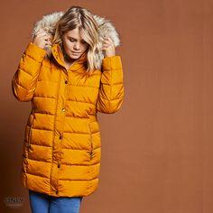 De nieuwe Wintercollectie jassen van het grote maten merk ONLY Carmakoma zijn binnen! Kom dat zien! #BAGOESnl #Plussize #beautiful #Winterjas #ONLY #ONLYc #fashion...