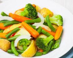 Jardinière de légumes vapeur au Thermomix : http://www.fourchette-et-bikini.fr/recettes/recettes-minceur/jardiniere-de-legumes-vapeur-au-thermomix.html