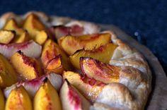 nectarine galette – smitten kitchen with amaretti cookies Healthy Dessert Recipes, Just Desserts, Healthy Sweets, Smitten Kitchen, Picnic Foods, Sweet Tarts, Sweet Recipes, Sweets, Santa Cruz
