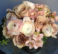 Champagne/Ivory Floral Arrangement (minus all the pink!)