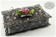 Couture Creations: Trinket Box by Sue Smyth | Couture Creations Fantasia Doily Dies