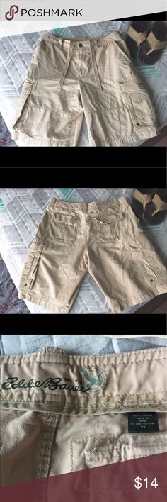"""Eddie Bauer Cargo Shorts Eddie Bauer Cargo Shorts. Good condition. There is a small stain on the rear left pocket..barely noticeable. Also a very small wear mark just below the left front pocket..also barely noticeable. Size 33W  inseam 10"""" Eddie Bauer Shorts Cargo"""