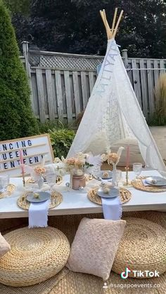 Decoration Evenementielle, Picnic Decorations, Birthday Decorations, Wedding Decorations, Backyard Birthday Parties, Picnic Birthday, Birthday Party Ideas, Picnic Theme, Teepee Party