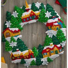 """Snow Village Wreath Felt Applique Kit-15"""" Round"""