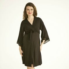 Black Maternity Robe - Looking for the perfect #gift for a new mom or a #mom about to deliver? This soft and beautiful robe is something that she'll feel pretty in and get a ton of use out of post baby!