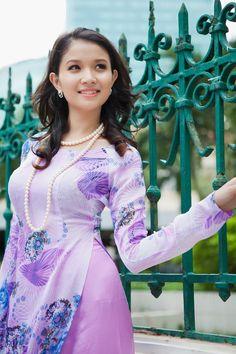 Purple spring beauty wallpaper download