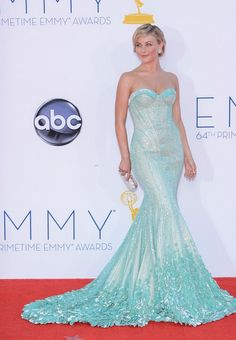 Emmy 2012 - Julianne Hough in a Georges Hobeika Couture gown