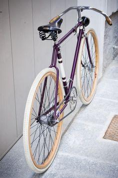 Chiossi cycles Velo Retro, Velo Vintage, Retro Bicycle, Vintage Bicycles, Retro Bikes, Velo Design, Bicycle Design, Art Design, Fixi Bike