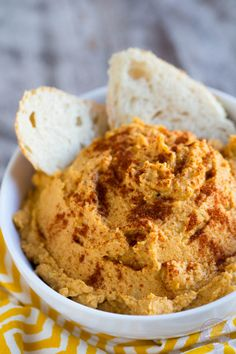 Spiced pumpkin hummus is a great seasonal dip for snack time! A great alternative to the classic hummus!
