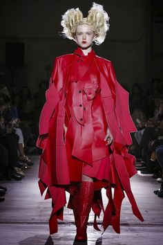 COMME DES GARCONS - Spring Summer 2015 - Paris Fashion Week