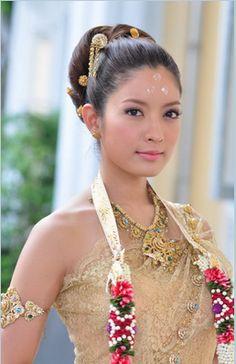 Thai wedding Im a bridesmaid Pinterest Thai dress Thai
