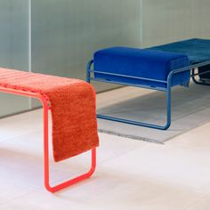 Katrin Greiling turns Kinnsand rugs into furniture Bauhaus Furniture, Sofa Furniture, Furniture Plans, Furniture Makeover, Classic Furniture, Furniture Styles, Industrial Design Furniture, Furniture Design, Futuristic Furniture