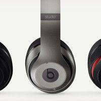 Studio Wireless Bluetooth Headphones by Beats   Cool Material