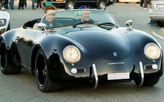 To the love of all things Porsche Porsche 356 Speedster, Porsche 550, Porsche Cars, Vw Vintage, Vintage Porsche, Auto Retro, Alfa Romeo Cars, Classy Cars, Classic Sports Cars