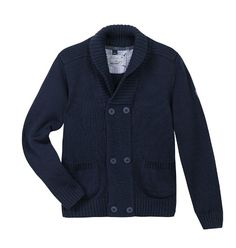 Aria di primavera con il morbido cardigan in maglia tricot di cotone http://it.zgeneration.com/it/catalog/Cardigan-collo-sciallato-blu-navy,4319444.html?axe2=2A&catalogParam%5BtopicId%5D=1936267
