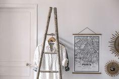 [ DIY ]Une échelle de peintre transformée en portant - La Délicate Parenthèse | DIY déco et inspiration déco #déco #stayINspired #home Dremel, Transformers, Home Interior, Ladder Decor, Tower, Instagram, Home Decor, Ikea, Minimal