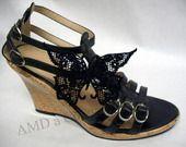 clips chaussures, bijoux de chaussures, papillons en dentelle noire, broderie réalisée par amd à coudre : Autres bijoux par amd-a-coudre