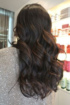 Beautiful gorgeous balayage for dark hair! I would love to have this color and style of hair!