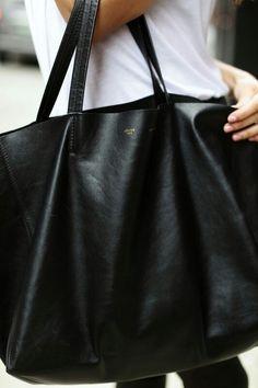 So usefull oversize leather bag