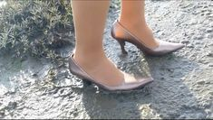 Rose Gold Pumps, Girls Wear, My Outfit, High Heels, Elegant, Fun, How To Wear, Shoes, Women