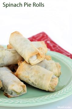 Spinach Pie Rolls Appetizer  http://blommi.com/spinach-pie-rolls/#_a5y_p=1192085