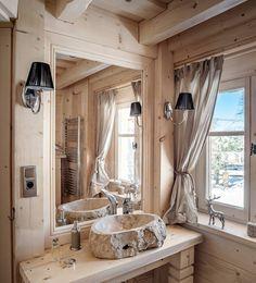 Klimatyczna aranżacja łazienki na poddaszu