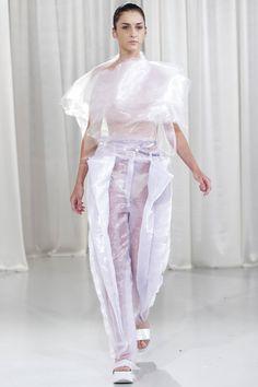 Designer: Andreea Chis Pants, Dresses, Design, Fashion, Dress, Trouser Pants, Vestidos, Moda, Fashion Styles