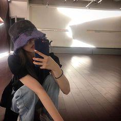 Ulzzang Korean Girl, Cute Korean Girl, Asian Girl, Korean Aesthetic, Aesthetic Girl, Korean Hair Color, Poses Photo, Korean Girl Fashion, Modeling Tips