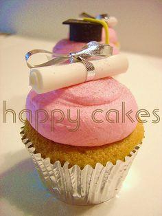 Graduation Cupcakes #DTGraduationParty
