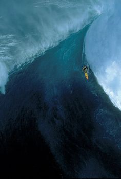 Insanity ♒ www.pinterest.com/WhoLoves/Waves ♒#surf #waves #beach