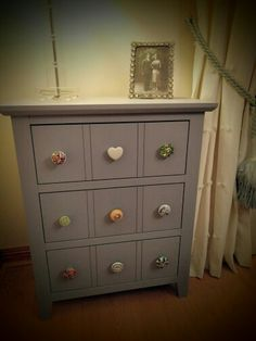 Frenchic paint 'Stormy' with mixed ceramic knobs