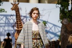 Christian Dior Fall 2017 Couture Atmosphere and Candid Photos - Vogue