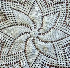 Praline Pinwheel 15 Doily by craftyjane on Etsy This Doily would make a great addition to any table or under any centerpiece. It is made with cotton crochet thread in white and is hand made and can be passed down as a family heirloom. Diy Crafts Crochet, Crochet Art, Crochet Round, Cotton Crochet, Crochet Home, Thread Crochet, Filet Crochet, Vintage Crochet, Crochet Stitches