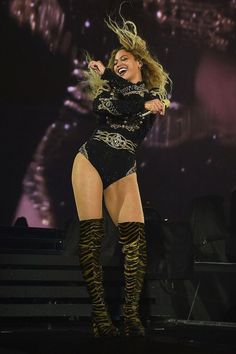 Estilo Beyonce, Beyonce Style, Beyonce Formation Tour, The Formation World Tour, Givenchy, Gucci, Roberto Cavalli, Tom Ford, Queens