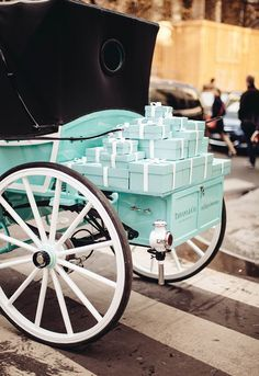 In Paris~ Tiffany & Co. carriage in Paris Verde Tiffany, Tiffany & Co., Tiffany Gifts, Tiffany Wedding, Just Girly Things, Girly Stuff, Belle France, The Brunette, Breakfast At Tiffanys