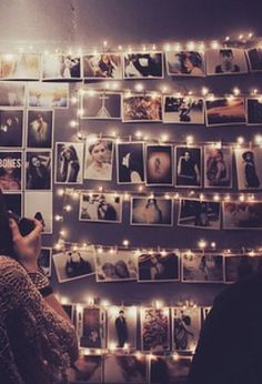 46 Awesome String-Light DIYs For Any Occasion - use clothespins or office paper clips to hang photos with your string lights-- I would do this in my room just because. Photo Polaroid, Polaroid Wall, Polaroid Display, Polaroid Cameras, Polaroid Pictures, Photowall Ideas, Tumblr Rooms, Indie Room, Roomspiration
