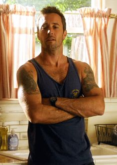 Alicia here you go, Alex through the guillotine ; Alex O'loughlin, Alex Love, Love Him, Hawaii Five O, Hawaii 5 0 Cast, Detective, Men Over 50, Scott Caan, Good Doctor
