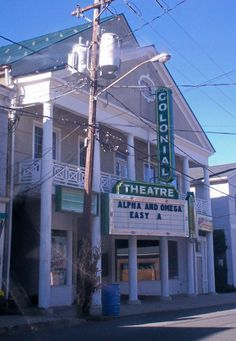 This is The Colonial Theatre in Canaan CT. One of your neighbors just right down the road.