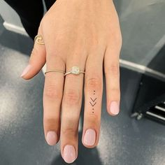 cute finger tattoos are fashion in the young tattoos, little tattoos, finger tattoos 31 Simple Hand Tattoos, Simple Finger Tattoo, Finger Tattoo For Women, Small Finger Tattoos, Hand Tattoos For Women, Tattoos For Guys, Womens Finger Tattoos, Tattoo Finger, Small Tattoos On Hand