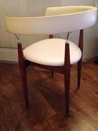 Afbeeldingsresultaat voor rare stoelen