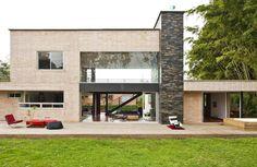 Olaya House - A Beautiful Home by David Ramirez - Homaci.com