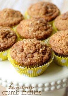 Banana Crumb Muffins - delicious! Perfect to use with those over-ripe bananas. { lilluna.com }
