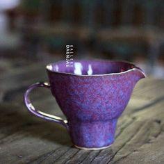 신보경 균요 핀칭 400cc 숙우 . . . www.gallerydaunjae.com . . . #다운재 #갤러리다운재 #대관문의 #그릇 #그릇스타그램 #도자기 #도예 #티스타그램 #도소매문의 #陶磁器 #陶器 #陶芸 #茶 #陶瓷 #koreanceramics #pottery #teaceremony #instaceramic #tableware #clay #craft #gallery #craftsmanship #teaware #decoration #decor #design #tealover #nature #teastagram ------------------------------------------------- 울산광역시 울주군 청량면 담안길 38. '갤러리 다운재' 052-258-5872/052-260-5872 kakaotalk / line / telegram ID : samantha1215 ------------------------------------------...