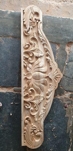 Wooden Front Door Design, Front Gate Design, Wooden Front Doors, Wood Doors, Wood Farnichar, Glass Etching Designs, Classic Bedroom Furniture, Decorative Corbels, Dressing Room Decor