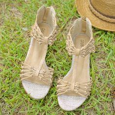 Korea womens shopping mall [styleberry] #koreafashionshop #Fashionwomen  #korea #dailylook #dailyfashion #T-shirts #dress #tops #blouse #cardigan #outwear #skirt #pants #basicitem #shoes #bag #jewelry #acc #koreafashion #clothes #sandal #鞋 #靴 Unique Ribbon Kink Sandals / Size : 230~250 mm / Price : 47.55 USD