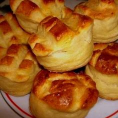 Scones, Ham, Goodies, Dessert Recipes, Yummy Food, Sweets, Cheese, Vegetables, Suzy